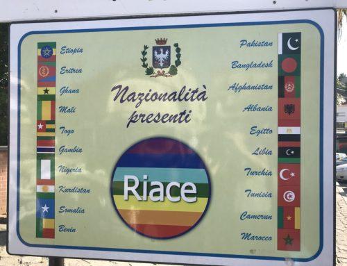 Caravana Abriendo Fronteras cierre en Riace #SolidarietaRiace