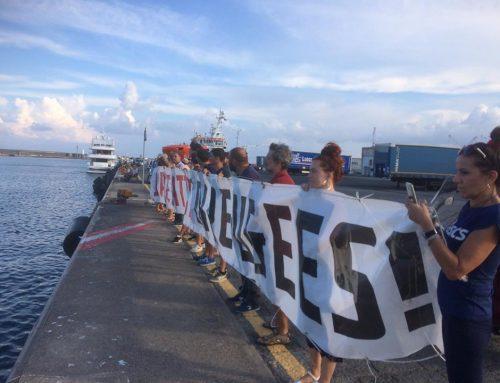 "Comunicado Rete Antirazzista Catanese en apoyo a las personas retenidas del ""Diciotti"" #AprimoIPorti"